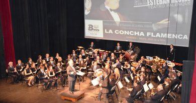 TRAS 22 AÑOS EL DIRECTOR DE LA BANDA MUNICIPAL DE MÚSICA DE TALAVERA, PASA LA BATUTA